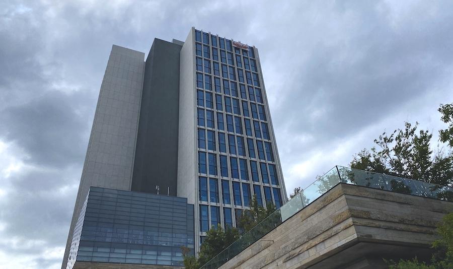 楽天本社 クリムゾンハウス
